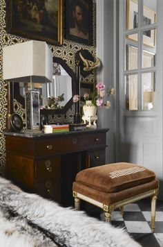 lorenzo castillo - Love this beautifully balanced amalgamation of feminine and masculine decor.