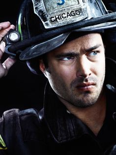 CHICAGO FIRE. Kelly Severide } Loved him in Vampire Diaries too!