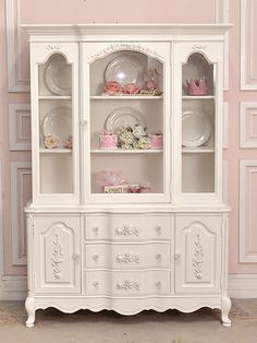 White Shabby Rose Chic China Cabinet with Glass Doors - The Bella Cottage from The Bella Cottage. Saved to Home - french, cottage and shabby: furniture. Shabby Chic Shops, Shabby Chic Antiques, Shabby Chic Style, Shabby Chic Decor, Victorian Furniture, Shabby Chic Furniture, Vintage Furniture, Paint Furniture, Furniture Makeover