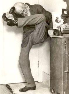 Sigmund Freud (vintage yoga photo) ...... #vintageyoga #yogahistory #1960s…