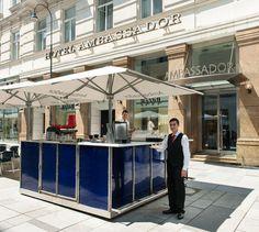 Open-air café on Kärntner Strasse shopping street. Vienna Summer, Shopping Street, Restaurant Bar, Destinations, In This Moment, Travel Destinations