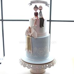 Nişan pastası  #mutludukkan #sekerhamuru #butikpasta #sugarart #nisanpastasi