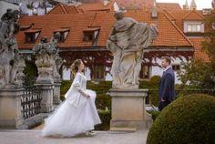 Артем Данилов, Херсон, Фотограф Statue, Wedding, Art, Valentines Day Weddings, Art Background, Kunst, Performing Arts, Weddings, Marriage