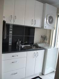 laundry design ideas with top loader machine Laundry Room Tables, Ikea Laundry Room, Laundry Cupboard, Laundry Room Shelves, Laundry Room Cabinets, Small Laundry Rooms, Laundry Room Organization, Laundry In Bathroom, Bathroom Renos