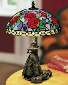 Disney – Beauty & the Beast Glasmalerei (Tiffany-Stil) Lampe – LTD ED im Ruhestand Disney – Beauty & the Beast Stained Glass (Tiffany Style) Lamp – Retired ED ED – – Painting