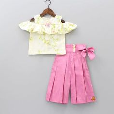 Shop online for Indian Ethnic wear for your baby, toddler or child. Choose from a range of modern or traditional, vibrant and colourful outfits. We also customise Indian Ethnic Wear. Kids Ethnic Wear, Indian Ethnic Wear, Little Fashion, Kids Fashion, Dresses Kids Girl, Baby Dresses, Girls Western Wear, White Off Shoulder Top, Kids Gown