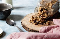Click to see the recipe for the best healthy sugar-free granola! Healthy Banana Bread, Healthy Sugar, Sugar Free Granola, English Food, Toasted Coconut, Perfect Breakfast, Dark Chocolate Chips, Breakfast Recipes, Plate