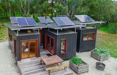 This solar-powered shipping container home will surely surprise you. It really doesn't look like being made from three shipping containers. Building A Container Home, Container Buildings, Container Architecture, Tiny Container House, Sea Container Homes, Garden Architecture, Sustainable Architecture, 20ft Shipping Container, Shipping Container Home Designs
