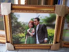 Cetak Foto Kanvas dengan Bingkai Ulir - Hubungi kami di 082134535359 atau lihat daftar harga selengkapnya di www.cetakkanvas.com
