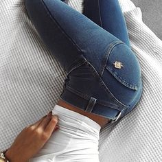 be51ec19d75 Cosy Sunday Nights in Freddy WRUP Pants #freddyukireland #freddyjeans #ootd  Sexy Jeans,