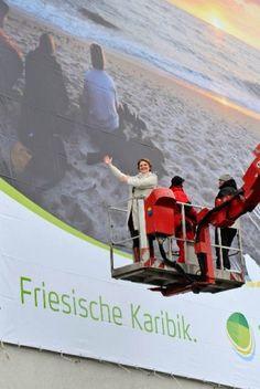 Friesische Karibik Föhr Megaposter Anbringung von Orange Cube Werbeagentur Hamburg