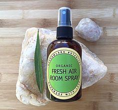 Fresh Air Organic Room Spray // Natural Room Spray // Vegan // Safe for kids + pets // 4.5 oz + 8.5 oz