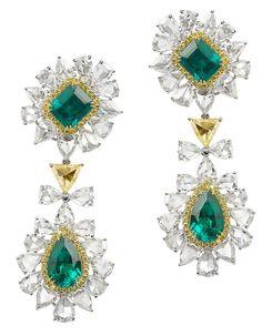 Avakian. Diamond and emerald earrings