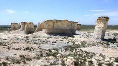 (427)The Great American Desert, Monument Rocks National Natural Landmark, Gove County, Kansas