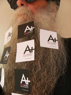 BEARD GALLERY - Opere di Aplusstudio installate sulla mia barba (Galleria Pensile)