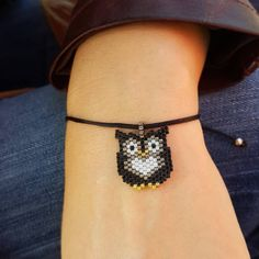 beaded animals # owl Related posts:Beautiful Villages To Visit In Milos, Greece Seed Bead Jewelry, Bead Jewellery, Bead Earrings, Beaded Jewelry, Beaded Bracelets, Seed Bead Patterns, Peyote Patterns, Jewelry Patterns, Bracelet Patterns