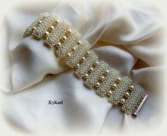 Beaded pearl bracelet, via Etsy.