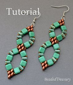 Infinitum - beadwoven earrings tutorial. A design with Czech two-hole CzechMates tile, SuperDuo and Rulla beads, and seed beads 11/0.