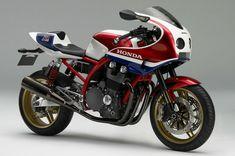 HONDA VF 1000 F. Technical data of motorcycle. Motorcycle fuel economy information. Honda Bikes, Honda S, Honda Motorcycles, Vintage Motorcycles, Custom Motorcycles, Bobbers, Moto Miniature, Honda Cb1100, Cb 1000