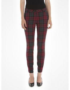 Ma dernière obsession : des pantalons à carreaux. #Want #Want #Want
