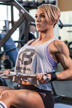 Start building your back with IFBB Figure Pro Jessie Hilgenberg's video back workout!