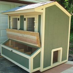 """""""Discover How To Easily Build An Attractive And Affordable Backyard Chicken Coop."""" Building your own chicken coop will be one of the best decisions you'll Chicken Coop Designs, Chicken Coop Plans, Chicken Pen, Chicken Coup, Keeping Chickens, Raising Chickens, Farms Living, Hobby Farms, Animal House"""