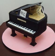 Baby Grand Piano Cake! on Cake Central
