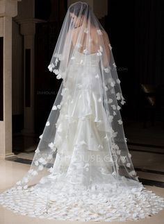 [US$ 79.99] One-tier Cathedral Bridal Veils With Cut Edge (006034307)
