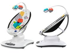 4moms MommaRoo-This seat sways and bounces and keeps baby safe and sound, letting mom free her arms for a bit! Best Part? You can control the motions straight from my phone, and even connect music or white noise to the seat.