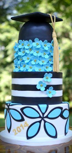 Bold Gradutaion Cake