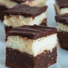 Sweet Recipes, Cake Recipes, Strato, Sweets Cake, Small Cake, Dessert Bars, Finger Foods, Yummy Treats, Cheesecake