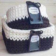 Интерьерные корзинки выполнены на заказ!возможен повтор! Цвет: кофе-ваниль Р-р круглая:18×9 Р-р квадратная:23×11 #моимируками #интерьерныекорзинки #вяжудляВас #мелочидлядома #корзинкикрючком
