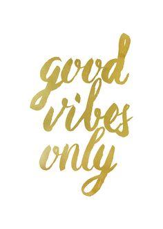 Gute Stimmung nur Gold Typografie Print von WellDressedWall auf Etsy