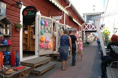 Handwerkergasse Pikku Pietari Lake District, Pietari, Shop Fronts, Street View, Shopping, Finland, Cafes, Round Trip, Destinations