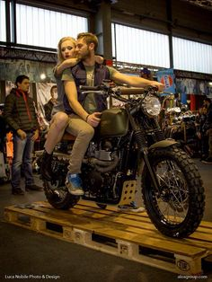 Triumph Scrambler by Alosgroup www.alosgroup.com whit our Special Thank and seat Smart Alo's