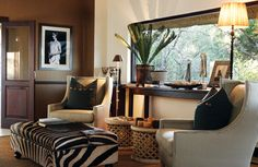 Safari. Love, love and love it. Prints and textures.