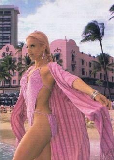 * ANNEES 70-80 Bikini Vintage, Vintage Swimsuits, Miami Fashion, 80s Fashion, Boho Fashion, Vintage Fashion, Hot Pants, Sexy Outfits, Style Miami