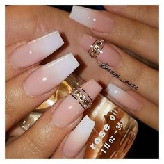 French Fade Nail Designs are one of the most popular nail shapes for women. French Fade Nails, also called French ombre Nails or baby boomer nails, combine the classic French tip with an ombre-style gradient to create a bright, mixed appearance. French Fade Nails, Faded Nails, French Manicures, Long French Tip Nails, Neutral Nails, Fabulous Nails, Gorgeous Nails, Pretty Nails, Square Nail Designs