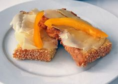 LCHF-rostbröd = you might need to google translate that lol..I like that it could be LCHF bread