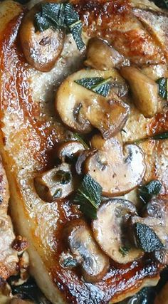 Pork Chops with Mushrooms and Sage #sageporkchops
