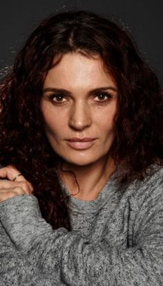 Danielle Cormack- My favourite NZ actress. So verstaile and talented.