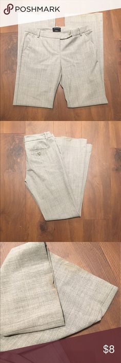 """The limited Drew fit size 4 GUC  - there is wear around hem which is pictured- price reflects this - 31"""" inseam The Limited Pants Straight Leg"""