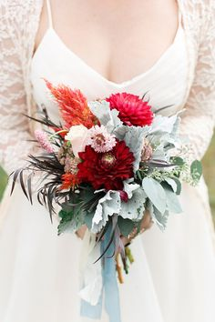 Fall bridal bouquets | Wedding & Party Ideas | 100 Layer Cake