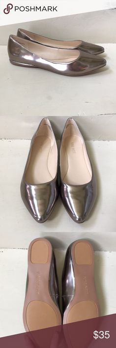 Nine west metallic Speakup pointed toe flats Like new, never worn. Nine West metallic bronze/gold speakup pointed toe flats. Fits true to size. No longer available at Nine West   Please be considerate when making offers. 💕all of my items are NWT or like new without tags. I am willing to negotiate and offer my best price on bundles, but asking for 40% off or more of the listing price is rude and disrespectful. 😕   Thank you for shopping my closet! Happy poshing! 😊 Nine West Shoes Flats…