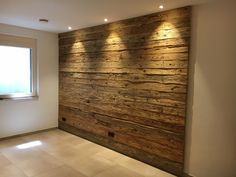 Terrific Pic pallet Fireplace Cover Suggestions Gas fireplaces might be a perfect choice for someone who wants to enjoy the warmth of a fire without Reclaimed Barn Wood, Old Wood, Pallet Home Decor, Fireplace Cover, Pallet Fireplace, Wood Accents, Wooden Walls, Wood Paneling, House