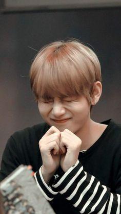 Most cutest in the world and in BTS, jungkook,then jimin Jimin, Bts Taehyung, Kim Namjoon, Bts Jungkook, Bts Jin, V Bts Cute, V Cute, Daegu, Bts Photo