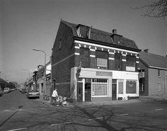 De River bar van Frans de Bruijn aan de Jutfaseweg. Met dank aan Co Scherrenberg.