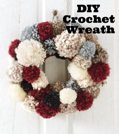 Make your holiday handmade this year and DIY your own decor! Learn how to make a DIY crochet pom wreath with this tutorial. | Holiday Home Decor | Holiday Wreath