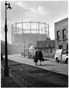 Gasworks at Nine Elms, Battersea, 1958, Wolfgang Suschitzky