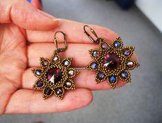 Ohrhänger *Lila Samt* mit Swarovski Vintage look von Natali Perla auf DaWanda.com